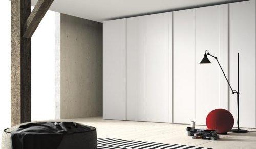 Armario de siete puertas batientes en color Blanco