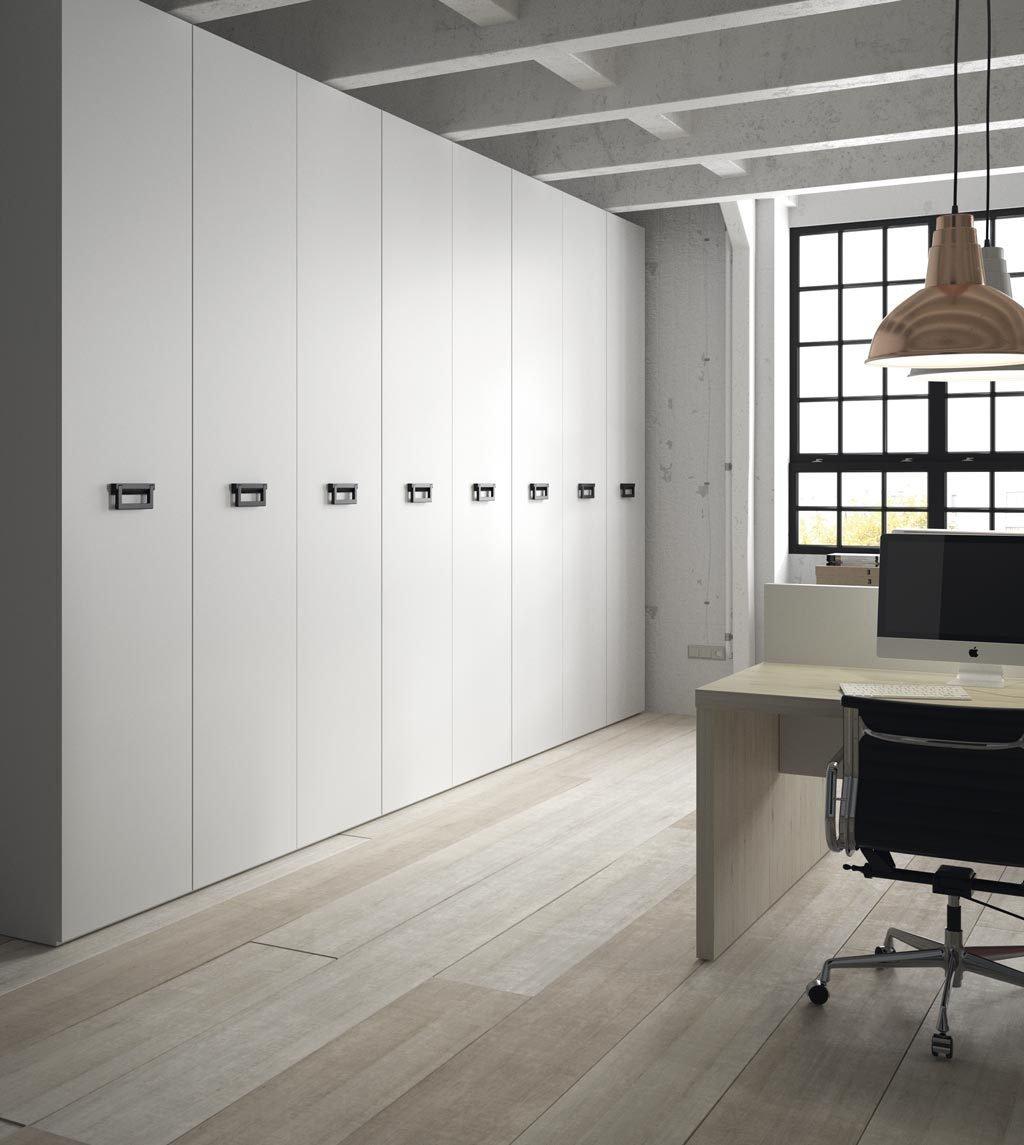 Detalle del armario para oficina con el tirador modelo Cargo