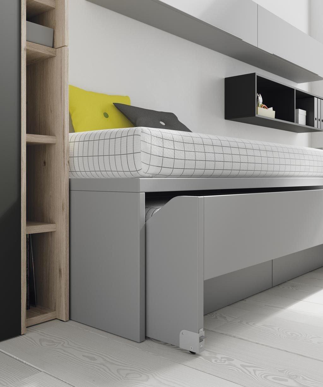 La cama inferior de arrastre le puedes dar la vuelta para que se quede con el lateral alto para que no se vea el colchón
