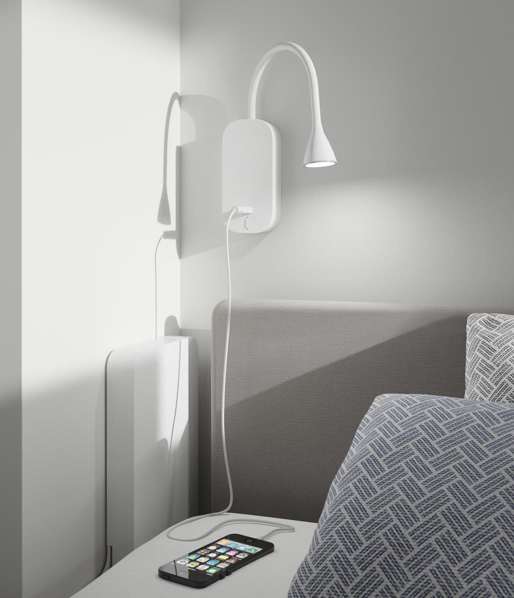 Detalle de la luz Led articulada con cargador USB incorporado