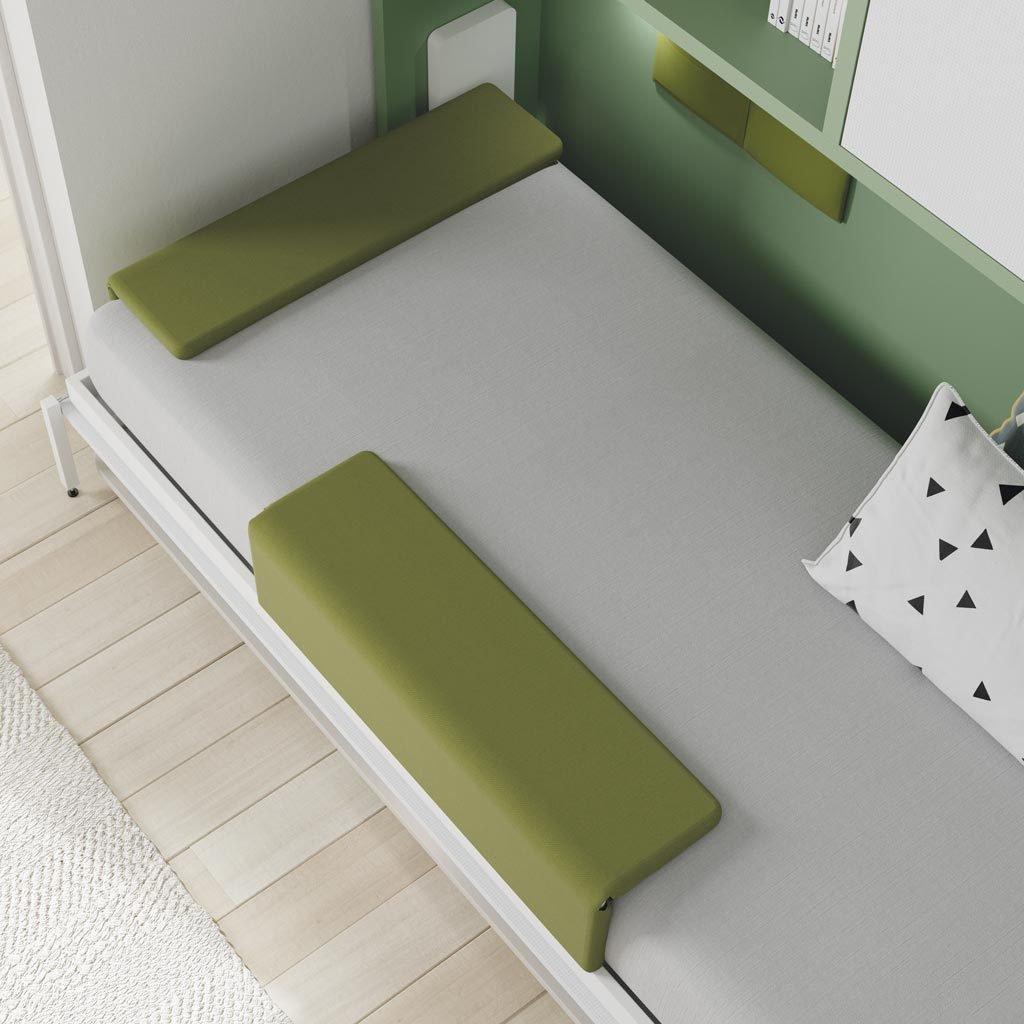 Detalle del cabecero y del protector lateral cerrados para poder cerrar la cama