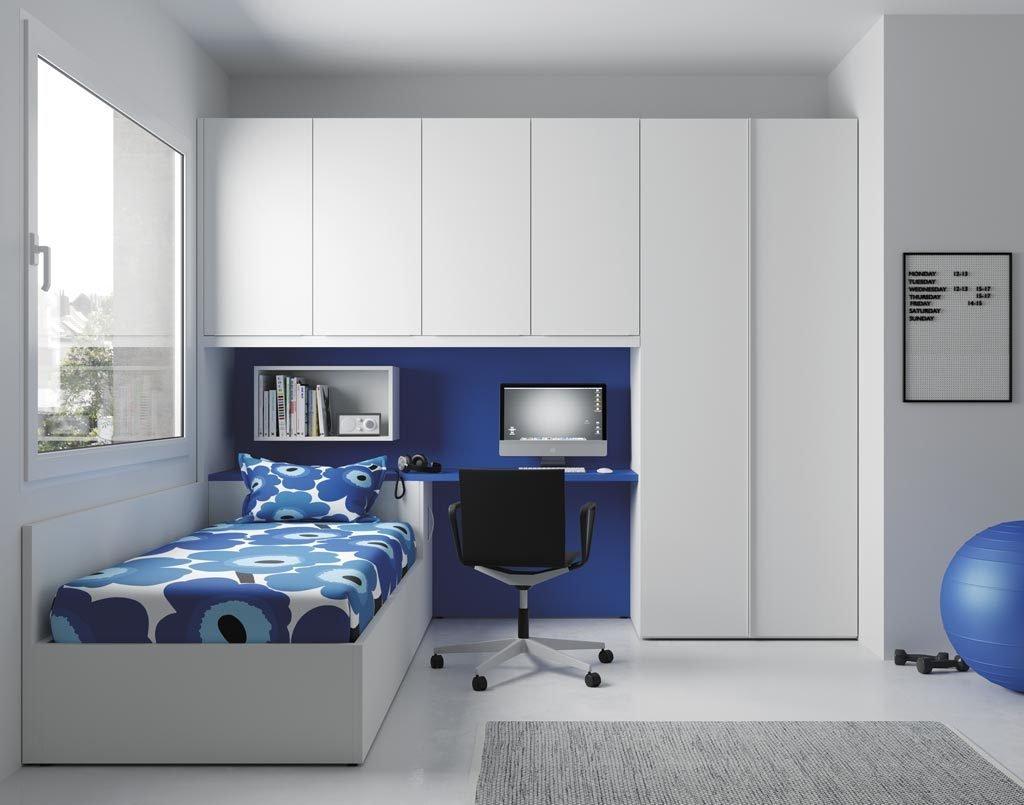 Dormitorio juvenil muy fresco y luminoso al combinar el color Blanco con el color Azul