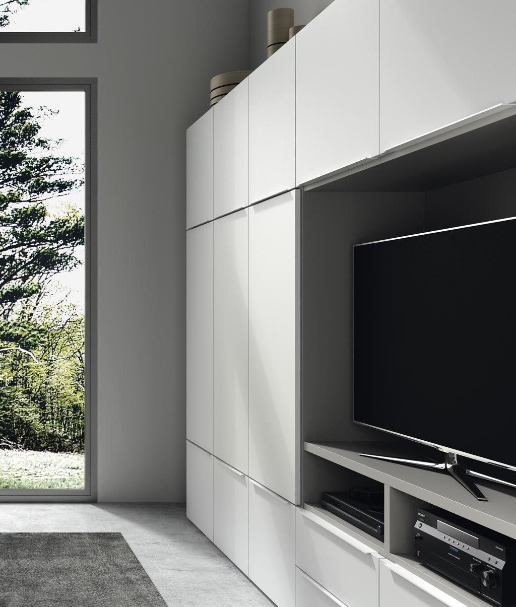 Mueble TV integrado a módulos de puertas y cajones