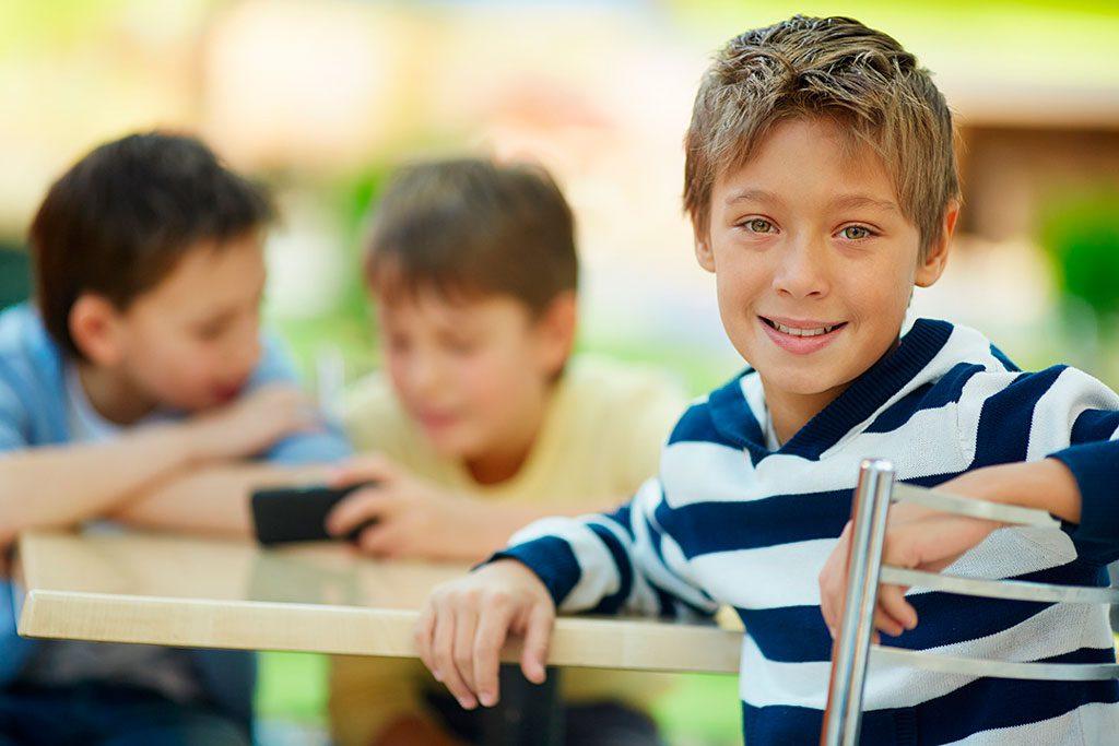 Sillas ergonómicas para niños y adolescentes