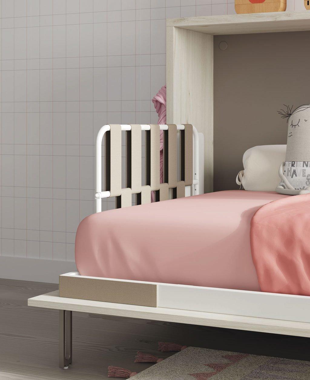 Detalle del cabecero con cinchas elásticas de la cama abatible
