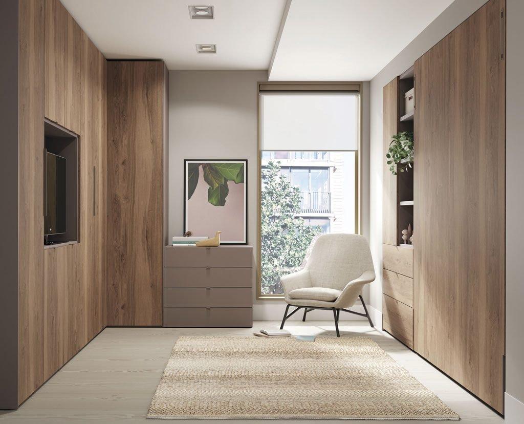 Habitación con una cama abatible vertical de 190x150 cm